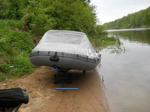 Как решить проблему транспортировки лодки до воды и обратно.